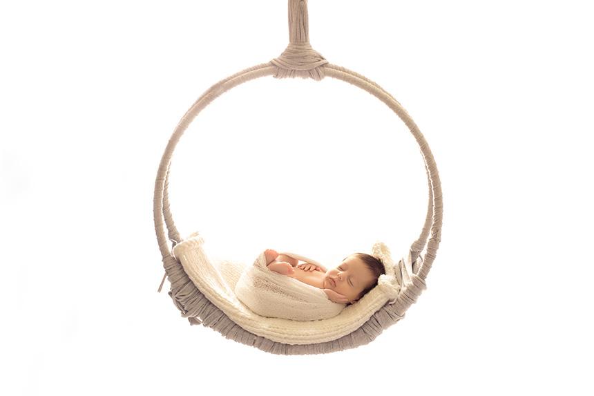 Columpio-gris-atrezo-newborn