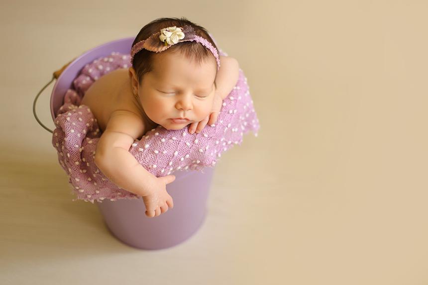 Cubo-morado-atrezo-newborn