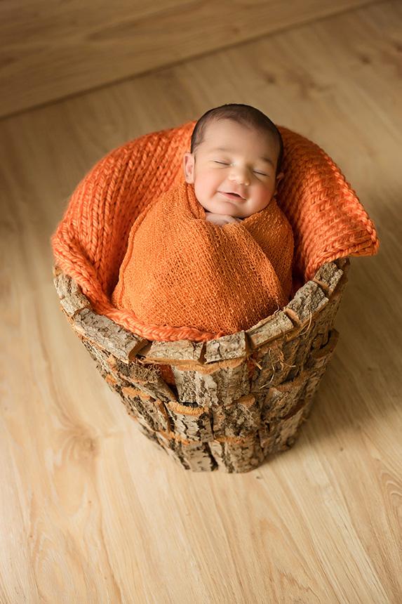 Cubo-tronco-atrezo-newborn