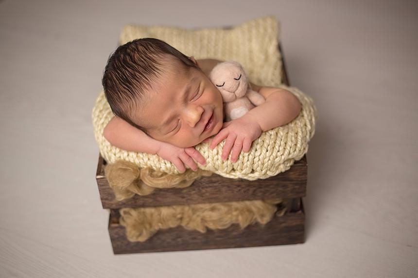 Caja-marrón-oscuro-newborn